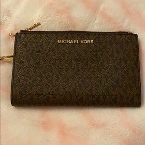 Micheal kors wallet double zips